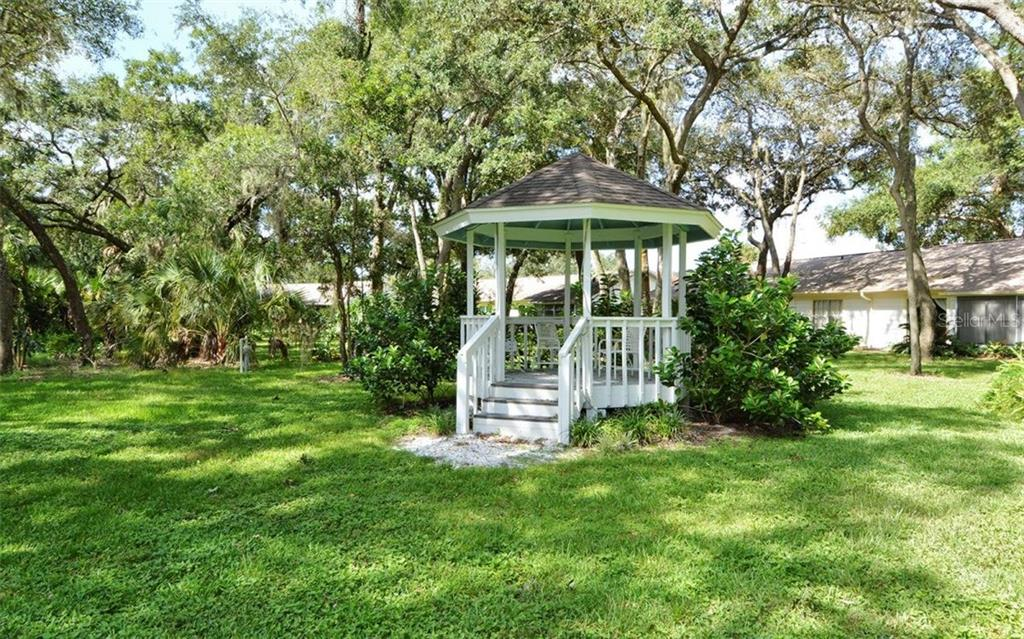 Lots of green spaces - Villa for sale at 4248 Oakhurst Cir E #3066, Sarasota, FL 34233 - MLS Number is A4192258