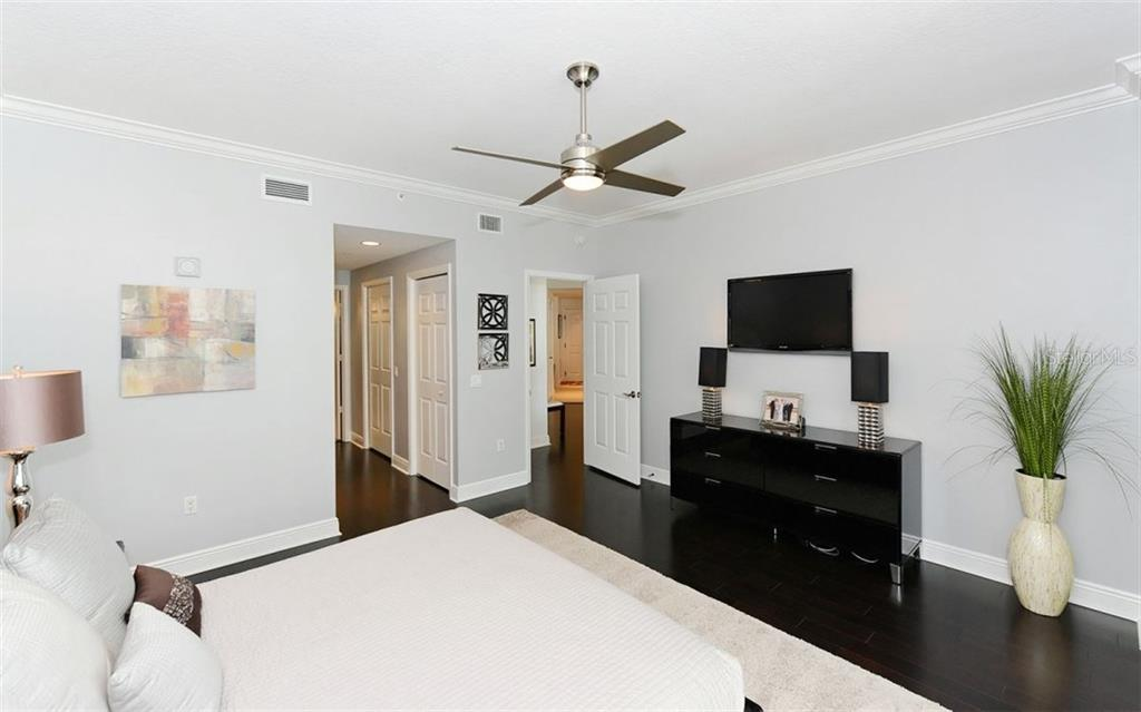 MASTER BEDROOM - Condo for sale at 100 Central Ave #h716, Sarasota, FL 34236 - MLS Number is A4193586