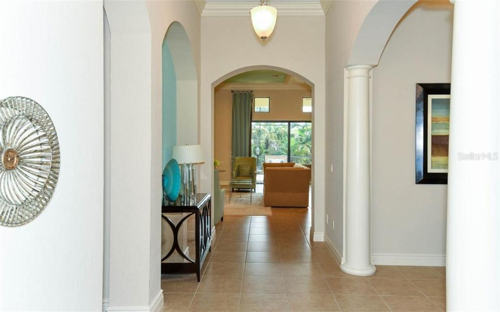LARGE FOYER ENTRACE - Single Family Home for sale at 5605 Title Row Dr, Bradenton, FL 34210 - MLS Number is A4194268