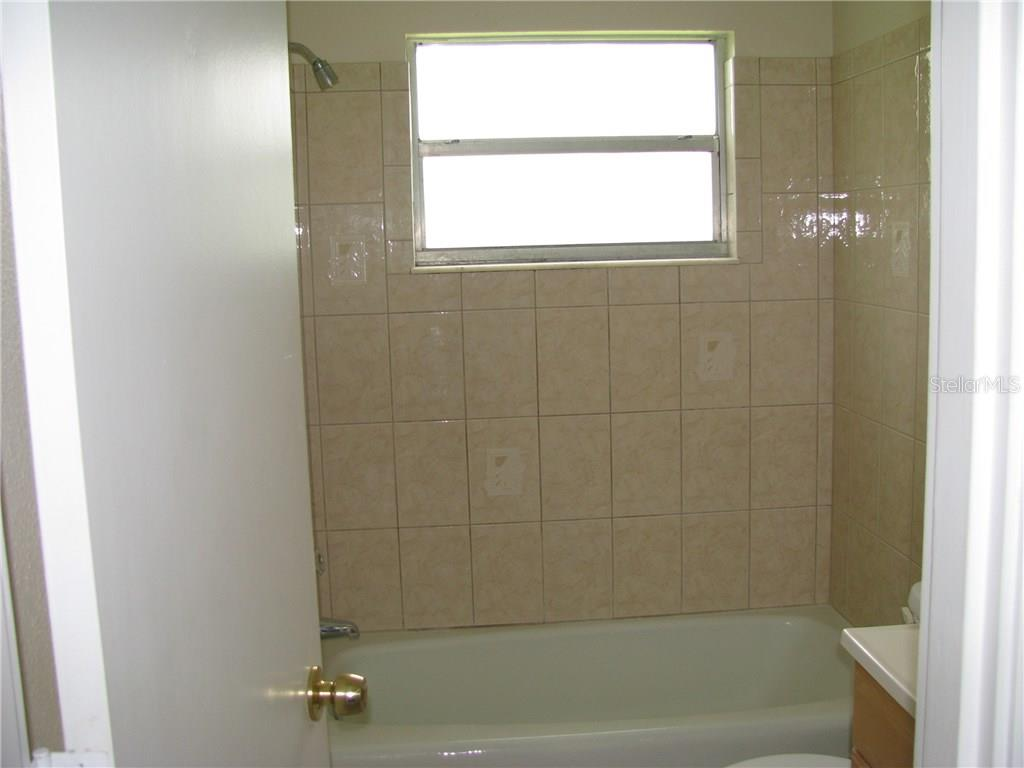 Guest Bath - Single Family Home for sale at 2112 Fairfield Ave, Sarasota, FL 34232 - MLS Number is A4194469