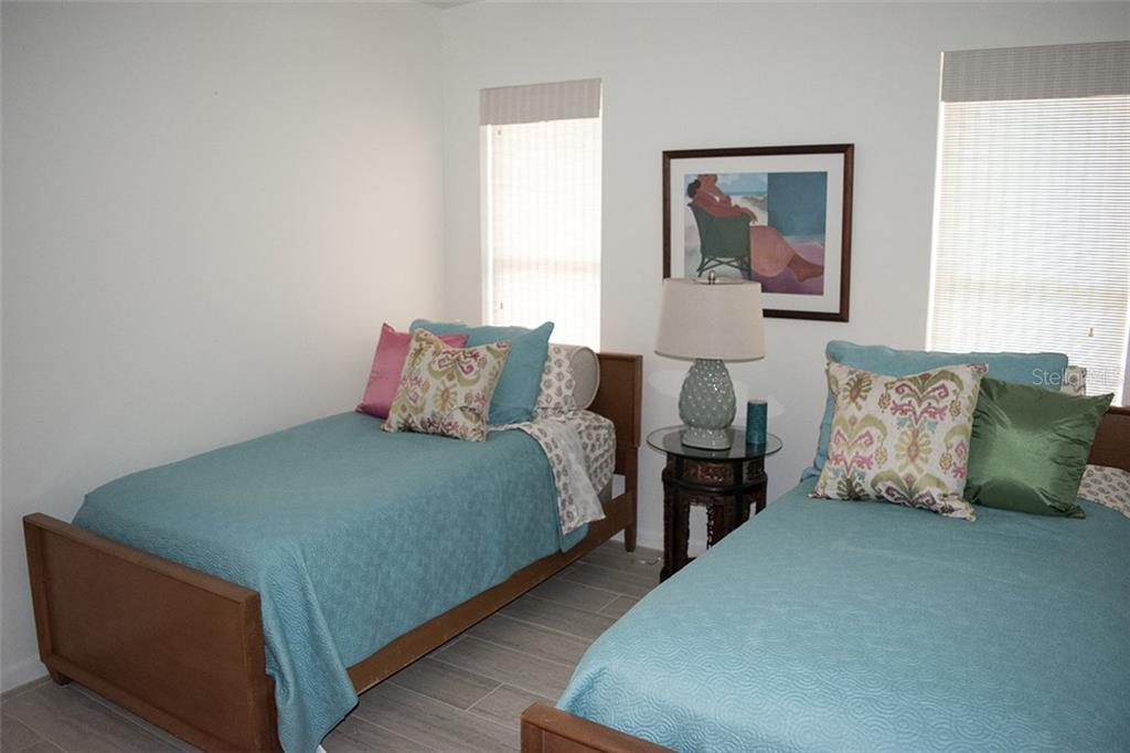 bathroom #2, great storage and an additional linen closet - Single Family Home for sale at 1222 Sleepy Hollow Rd, Venice, FL 34285 - MLS Number is A4196086