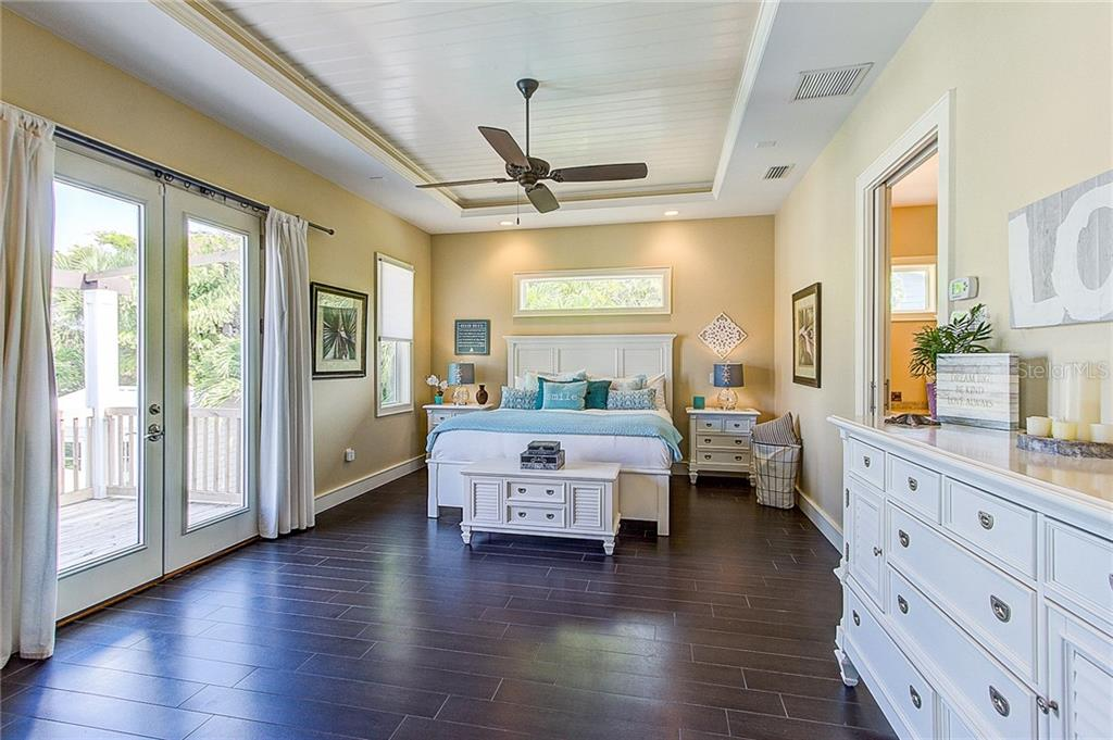 Master Bedroom - Single Family Home for sale at 504 75th St, Holmes Beach, FL 34217 - MLS Number is A4196523