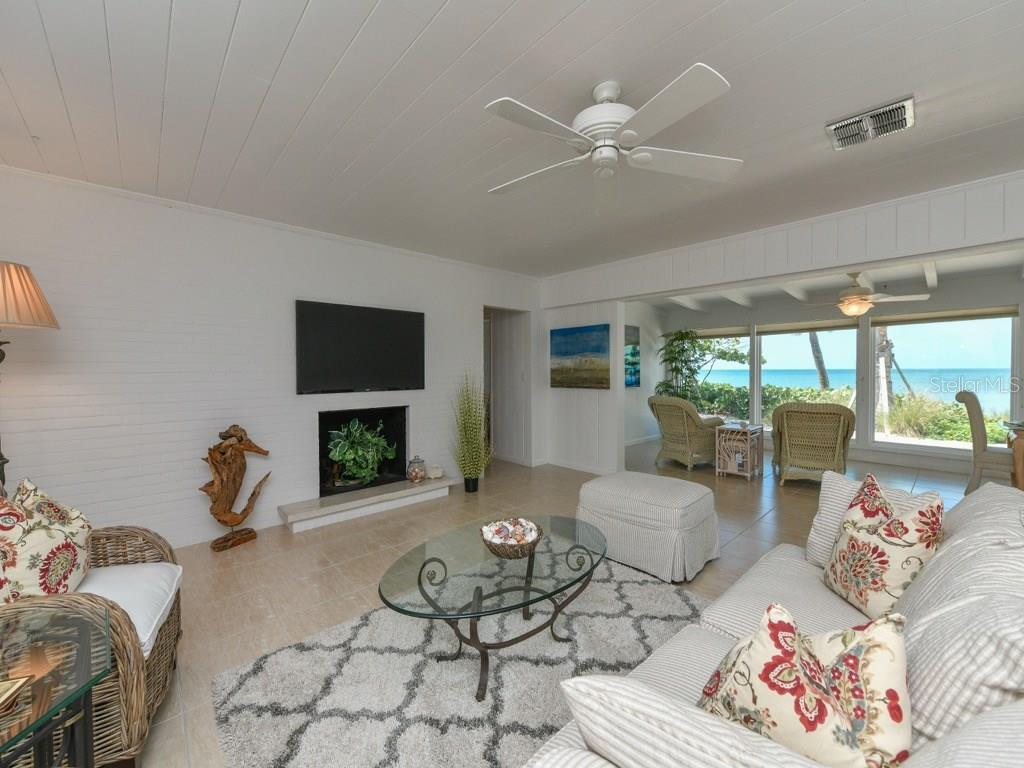 Family Room - Single Family Home for sale at 418 N Casey Key Rd, Osprey, FL 34229 - MLS Number is A4198549
