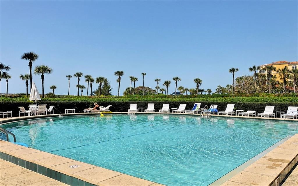 Condo for sale at 2101 Gulf Of Mexico Dr #2502, Longboat Key, FL 34228 - MLS Number is A4198942