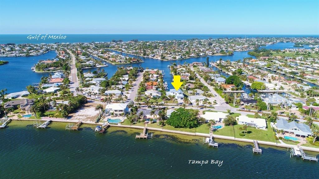 Exclusive Key Royale location with easy access to Bay and private golf course - Single Family Home for sale at 620 Key Royale Dr, Holmes Beach, FL 34217 - MLS Number is A4200888