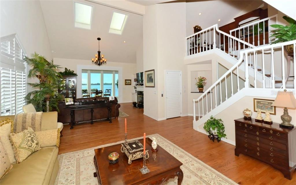 Single Family Home for sale at 62 Tidy Island Blvd #62, Bradenton, FL 34210 - MLS Number is A4201058