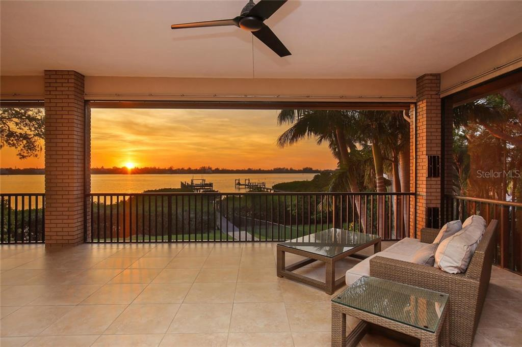Single Family Home for sale at 1412 Peregrine Point Dr, Sarasota, FL 34231 - MLS Number is A4201855