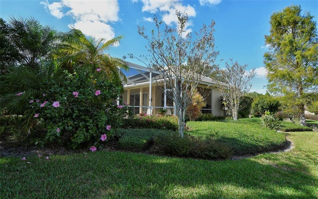 Single Family Home for sale at 651 Rivendell Blvd, Osprey, FL 34229 - MLS Number is A4201978