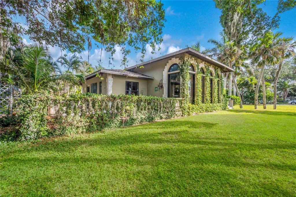 New Attachment - Single Family Home for sale at 2810 Bay Shore Rd, Sarasota, FL 34234 - MLS Number is A4202801