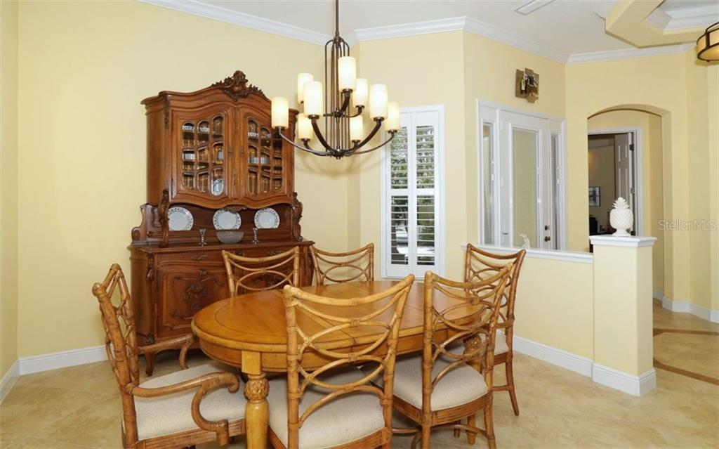 Spacious Dining Room just off the Kitchen - Single Family Home for sale at 1746 Hillview St, Sarasota, FL 34239 - MLS Number is A4202985