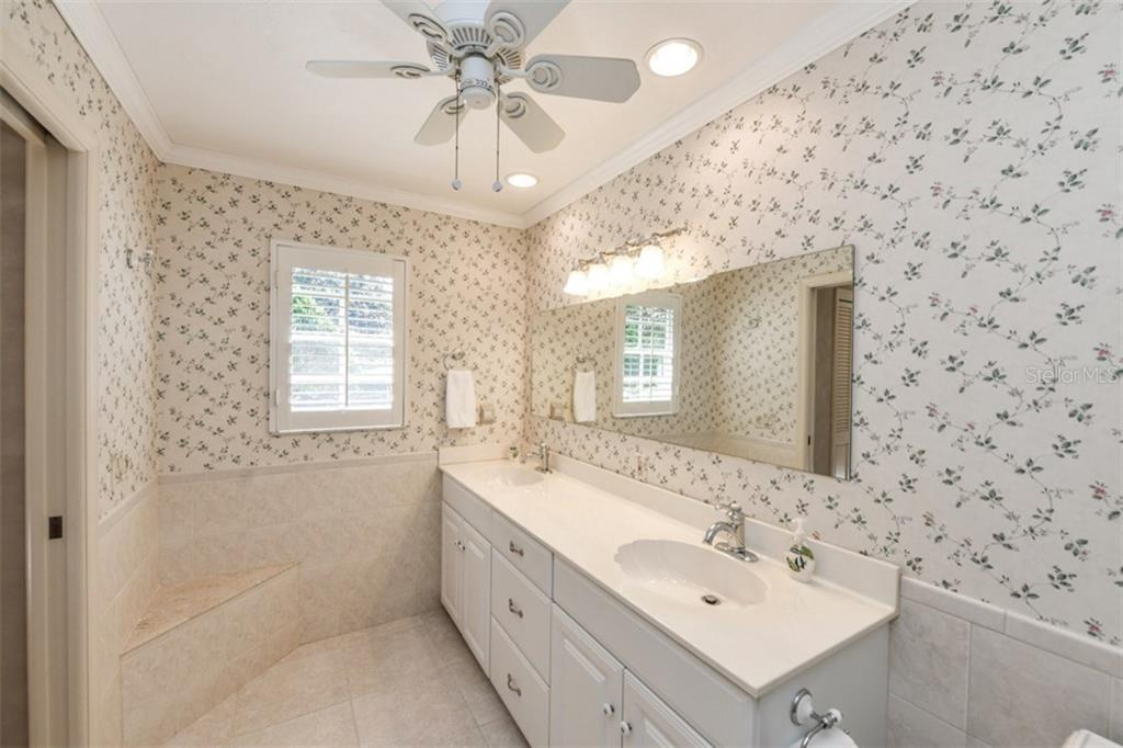 Single Family Home for sale at 4411 Satinleaf Ln, Sarasota, FL 34241 - MLS Number is A4203273