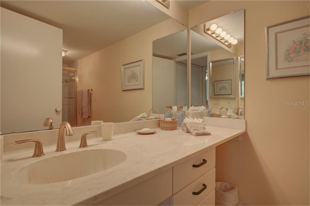 Guest bathroom - Condo for sale at 5880 Midnight Pass Rd #610, Sarasota, FL 34242 - MLS Number is A4204670