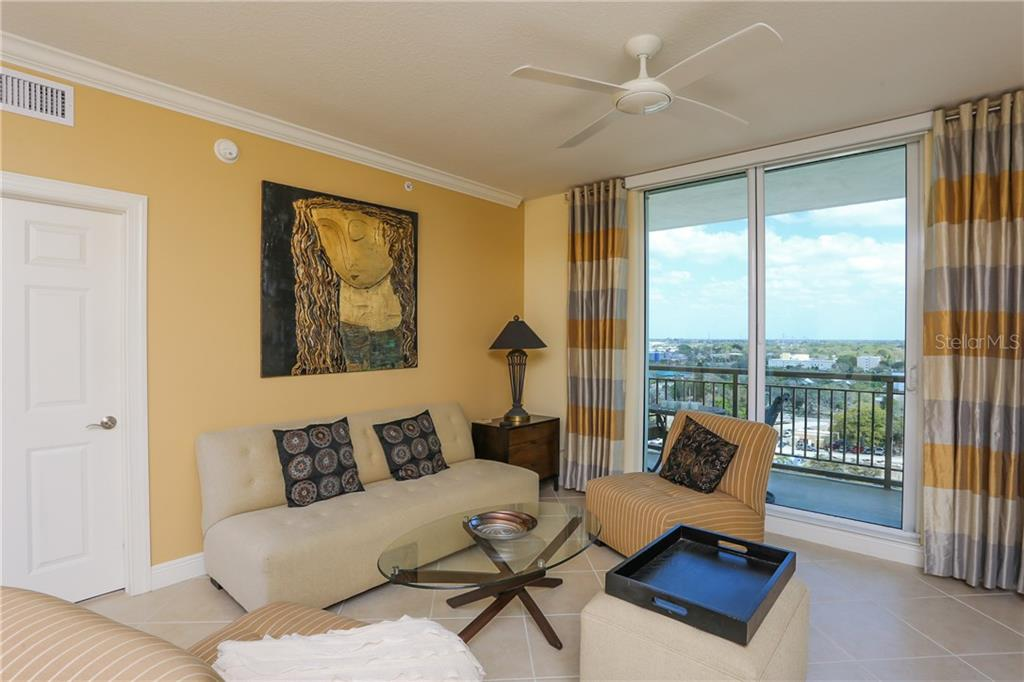 Condo for sale at 800 N Tamiami Trl #1112, Sarasota, FL 34236 - MLS Number is A4206724
