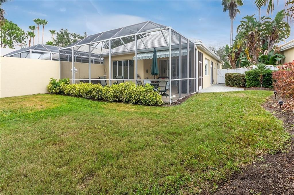 Single Family Home for sale at 8710 52nd Dr E, Bradenton, FL 34211 - MLS Number is A4206739