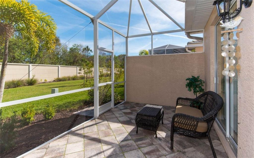Villa for sale at 1545 Monarch Dr, Venice, FL 34293 - MLS Number is A4207284