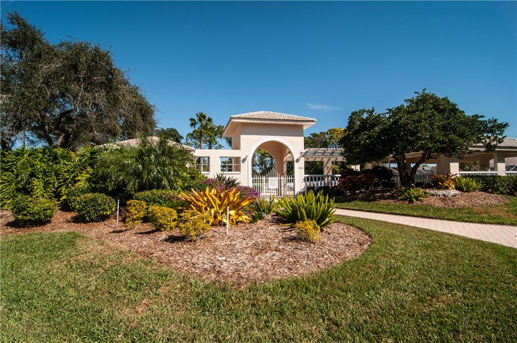 Single Family Home for sale at 4150 Westbourne Cir, Sarasota, FL 34238 - MLS Number is A4208591