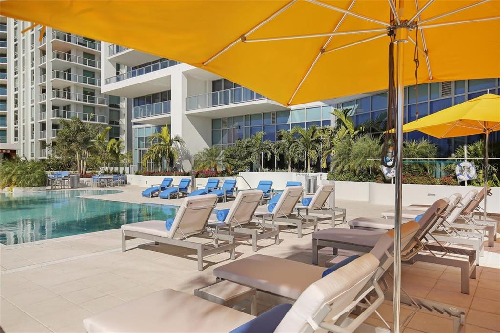 Swimming pool and sun deck - Condo for sale at 1155 N Gulfstream Ave #304, Sarasota, FL 34236 - MLS Number is A4208934