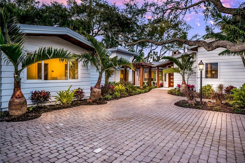 Single Family Home for sale at 7245 Midnight Pass Rd, Sarasota, FL 34242 - MLS Number is A4209076