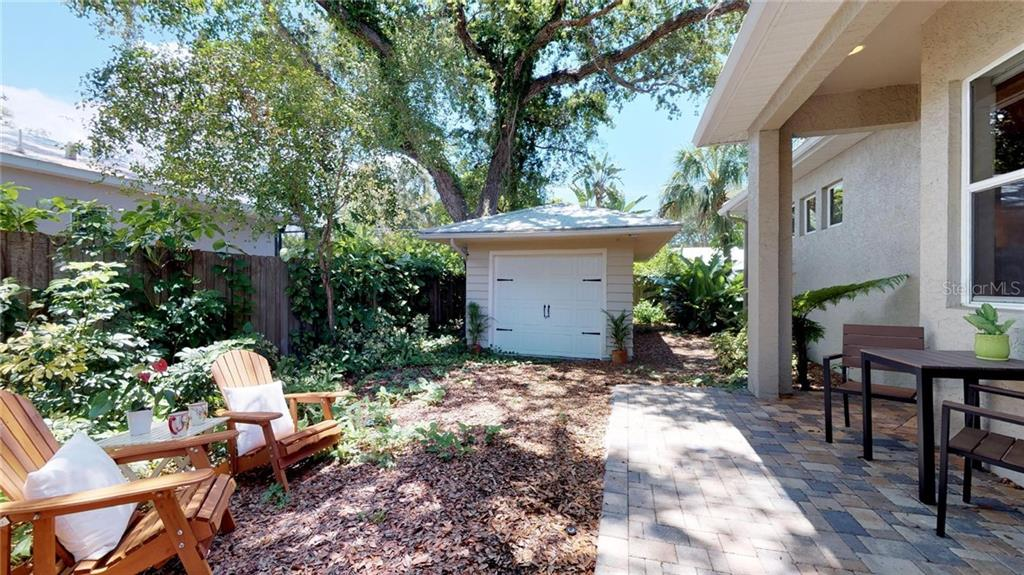 Your gracious new home awaits you! - Single Family Home for sale at 1874 Oleander St, Sarasota, FL 34239 - MLS Number is A4209954