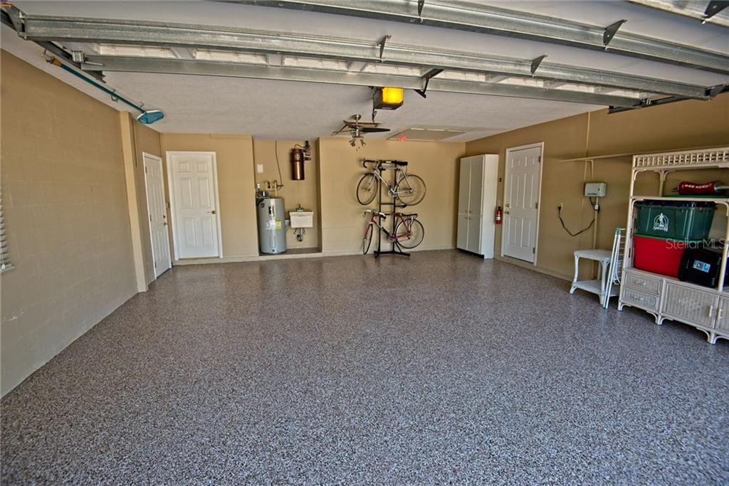 Brand new garage flooring - Single Family Home for sale at 600 Wild Turkey Ln, Sarasota, FL 34236 - MLS Number is A4210585