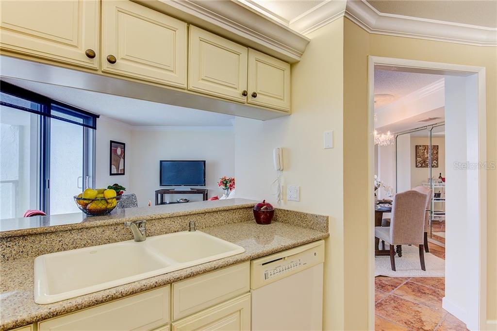 Master Bath & Closet - Condo for sale at 1111 N Gulfstream Ave #7b, Sarasota, FL 34236 - MLS Number is A4212040
