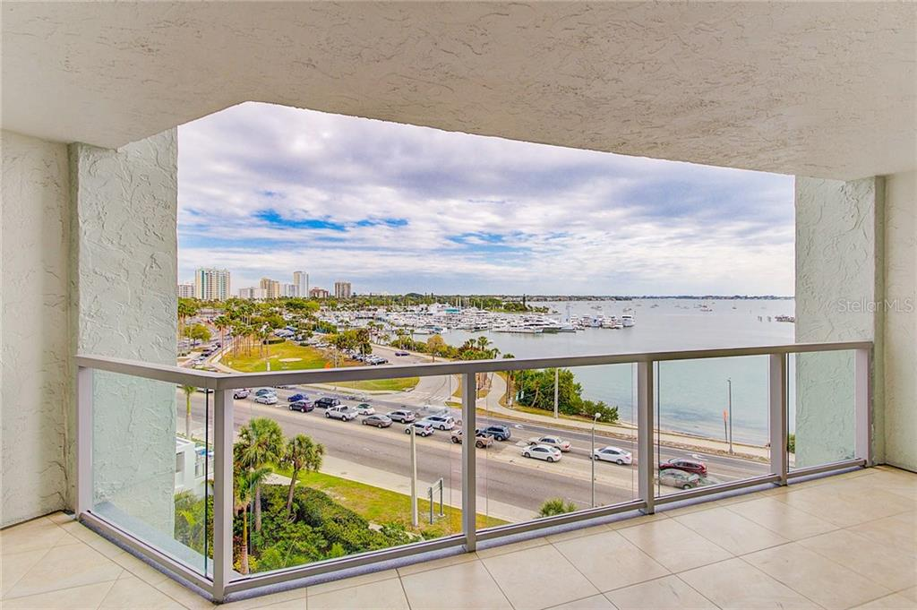 7th Floor View From Balcony of Marina Jack, City Island & Intercoastal Bay - Condo for sale at 1111 N Gulfstream Ave #7b, Sarasota, FL 34236 - MLS Number is A4212040