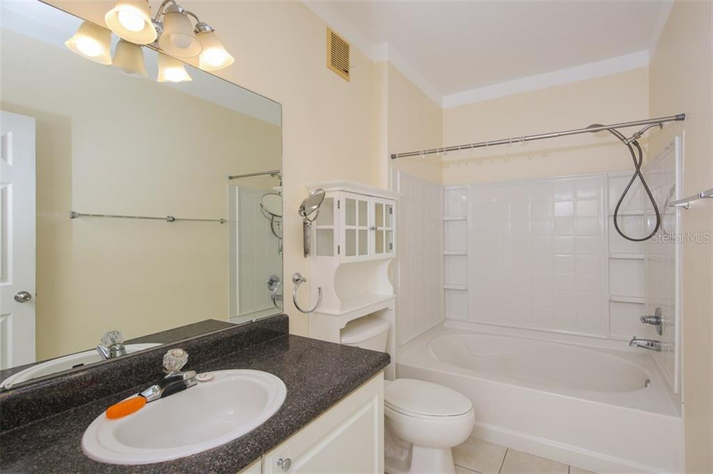 Condo for sale at 4802 51st St W #1809, Bradenton, FL 34210 - MLS Number is A4212694