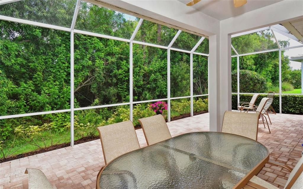 Lanai - Villa for sale at 1647 Lancashire Dr #1647, Venice, FL 34293 - MLS Number is A4404210