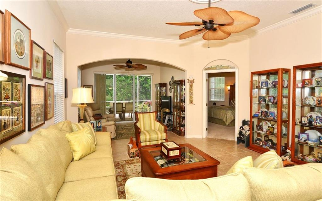 Living room - Villa for sale at 1647 Lancashire Dr #1647, Venice, FL 34293 - MLS Number is A4404210