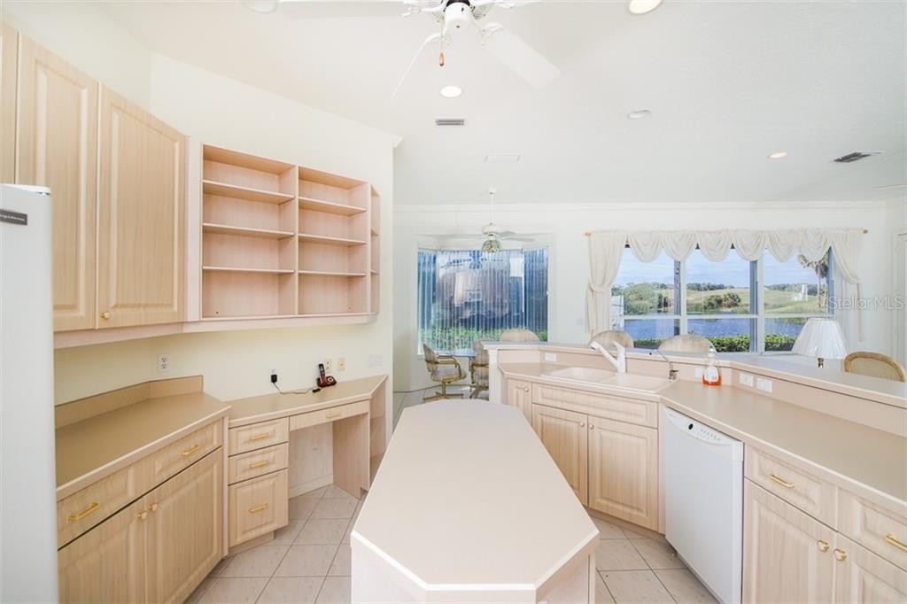 Single Family Home for sale at 531 Cheval Dr, Venice, FL 34292 - MLS Number is A4404634