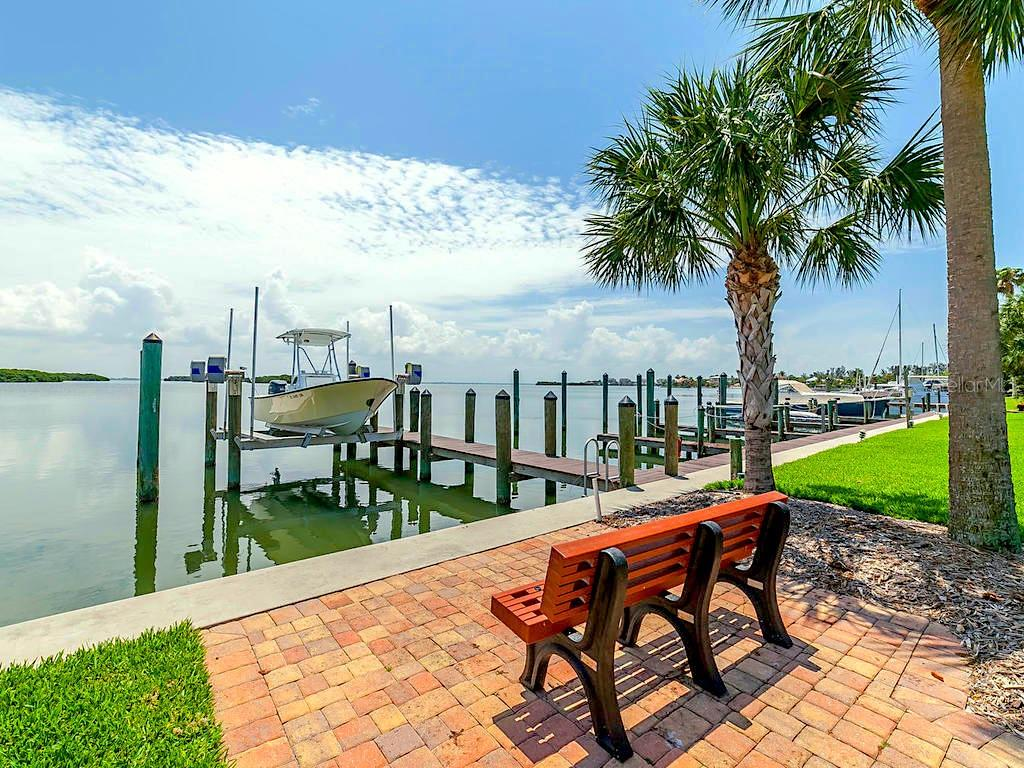 Boat Docks - Condo for sale at 4215 Gulf Of Mexico Dr #103, Longboat Key, FL 34228 - MLS Number is A4404956
