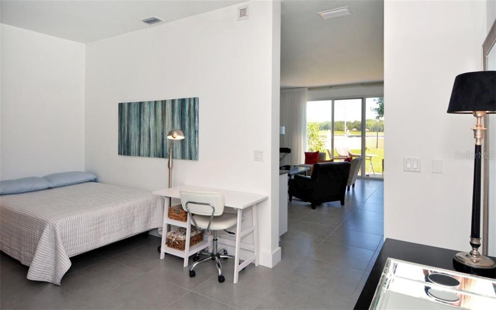 Condo for sale at 51 Mac Ewen Dr #7, Osprey, FL 34229 - MLS Number is A4405287