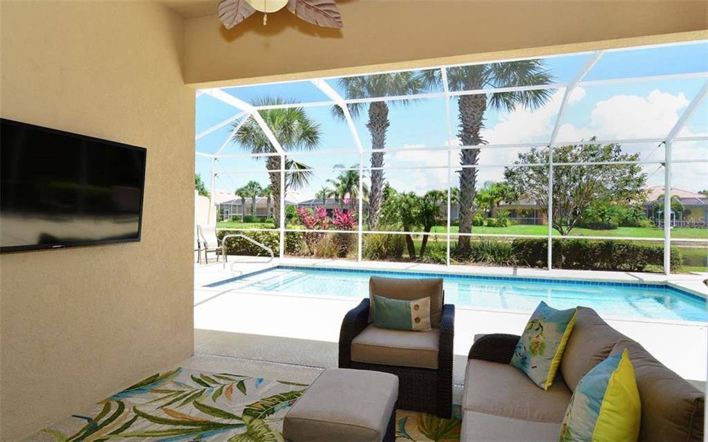 Single Family Home for sale at 5960 Mariposa Ln, Sarasota, FL 34238 - MLS Number is A4405625