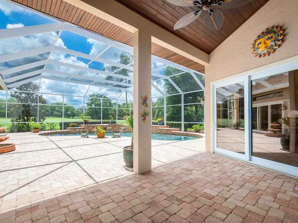Single Family Home for sale at 7743 Alister Mackenzie Dr, Sarasota, FL 34240 - MLS Number is A4406753