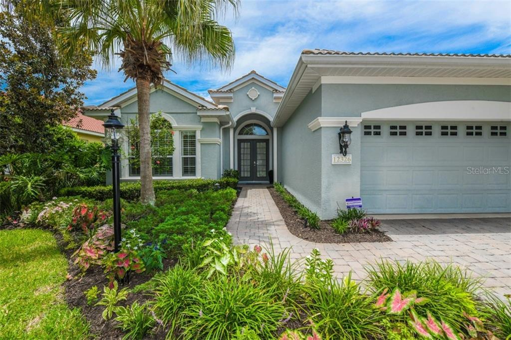 Single Family Home for sale at 12326 Thornhill Ct, Lakewood Ranch, FL 34202 - MLS Number is A4407798
