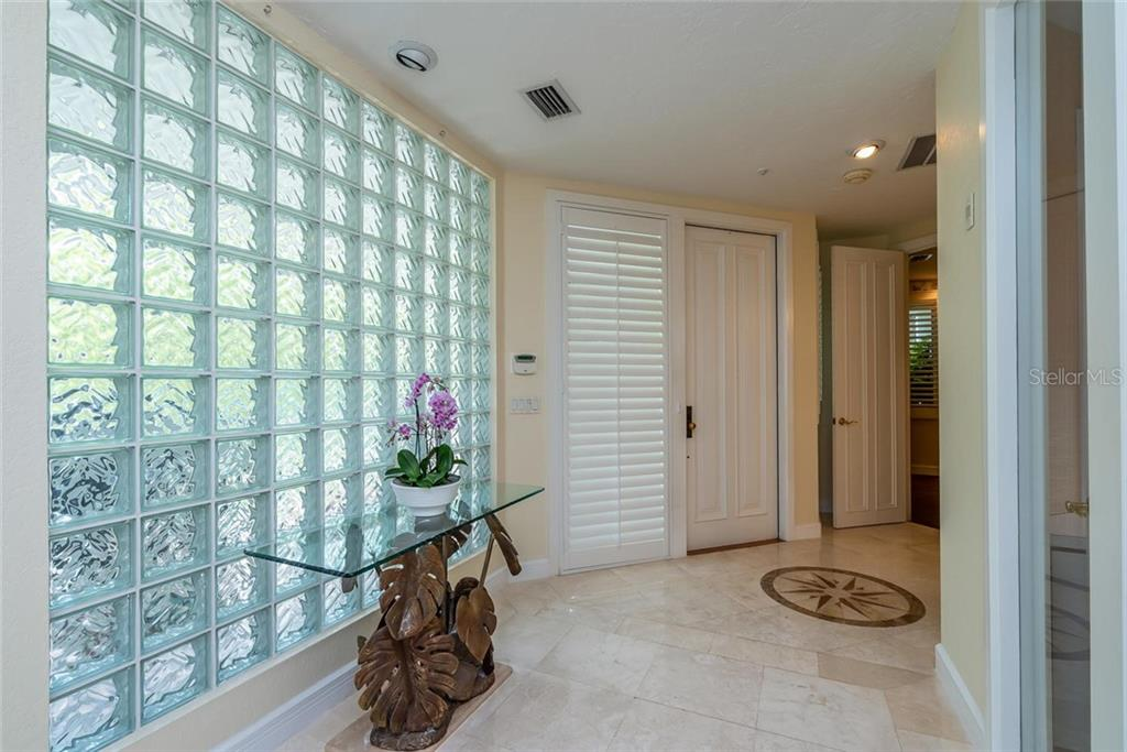 Light and Bright front foyer! - Condo for sale at 340 Gulf Of Mexico Dr #116, Longboat Key, FL 34228 - MLS Number is A4411000