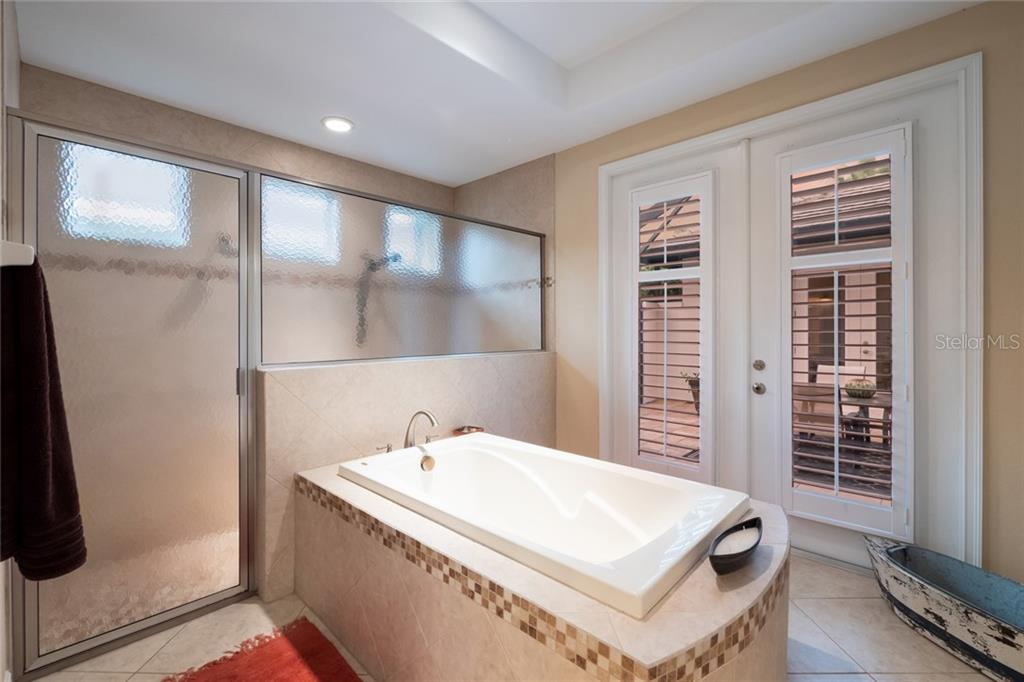 Master Bath - Single Family Home for sale at 5114 Lake Overlook Ave, Bradenton, FL 34208 - MLS Number is A4412194