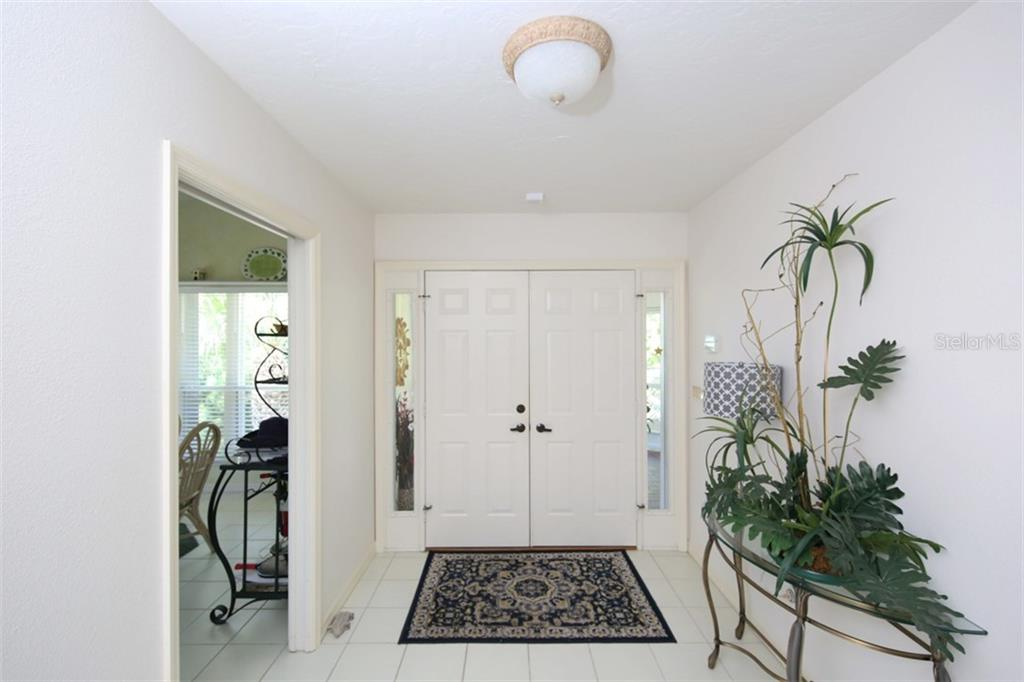Entry Foyer - Condo for sale at 11000 Placida Rd #2304, Placida, FL 33946 - MLS Number is A4413206