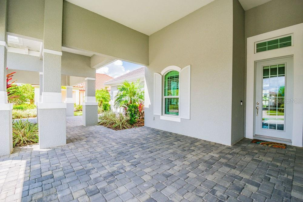 Single Family Home for sale at 584 Fore Dr, Bradenton, FL 34208 - MLS Number is A4413326