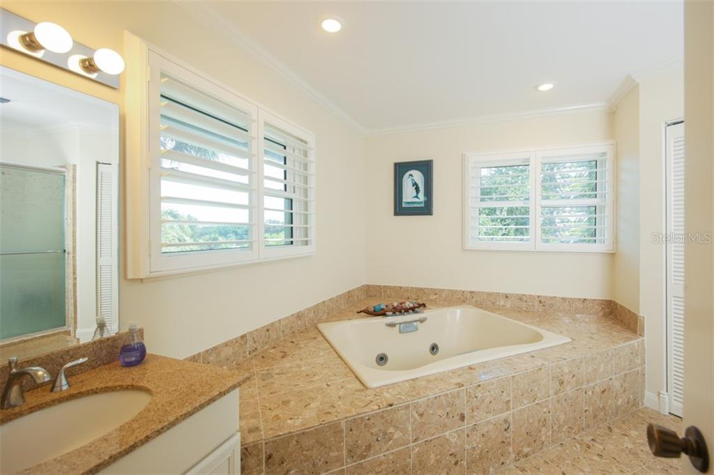 Single Family Home for sale at 304 Givens St, Sarasota, FL 34242 - MLS Number is A4413833