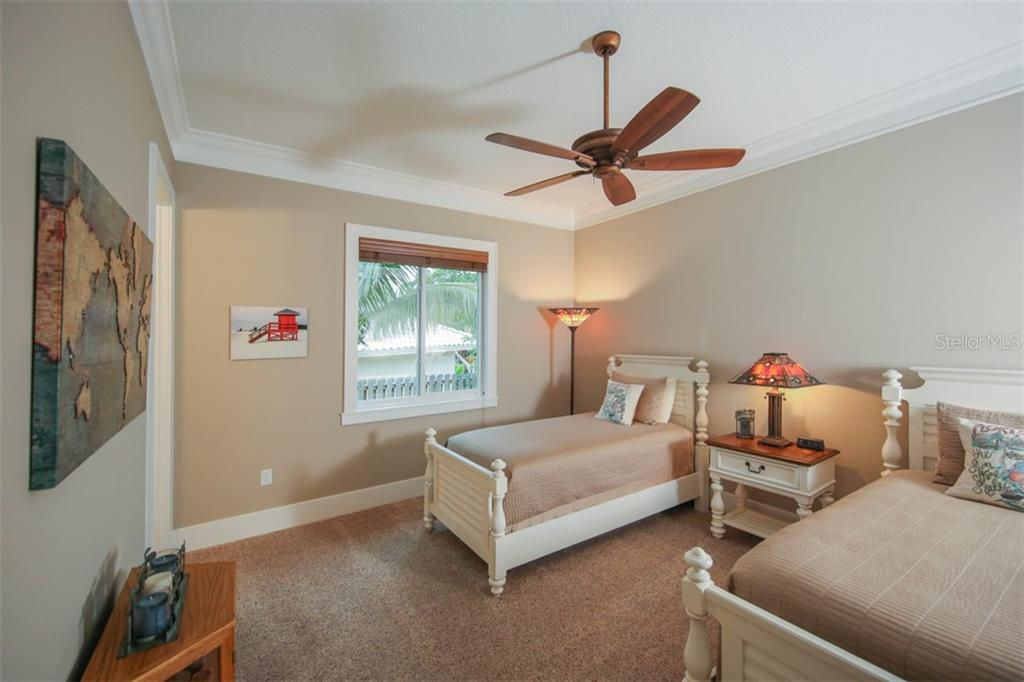 Bedroom 3 - Single Family Home for sale at 4847 Primrose Path, Sarasota, FL 34242 - MLS Number is A4415116