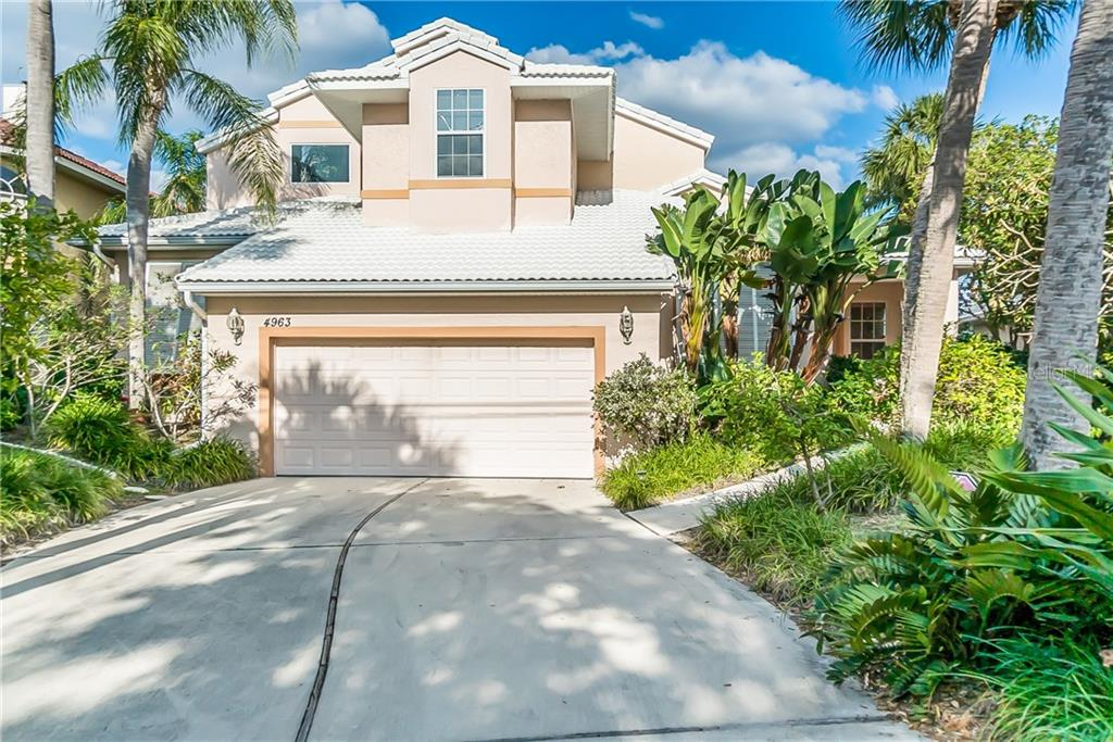 Single Family Home for sale at 4963 Oxford Dr, Sarasota, FL 34242 - MLS Number is A4417783