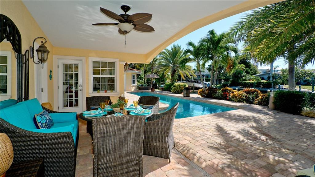 Single Family Home for sale at 612 Ambassador Ln, Holmes Beach, FL 34217 - MLS Number is A4418766