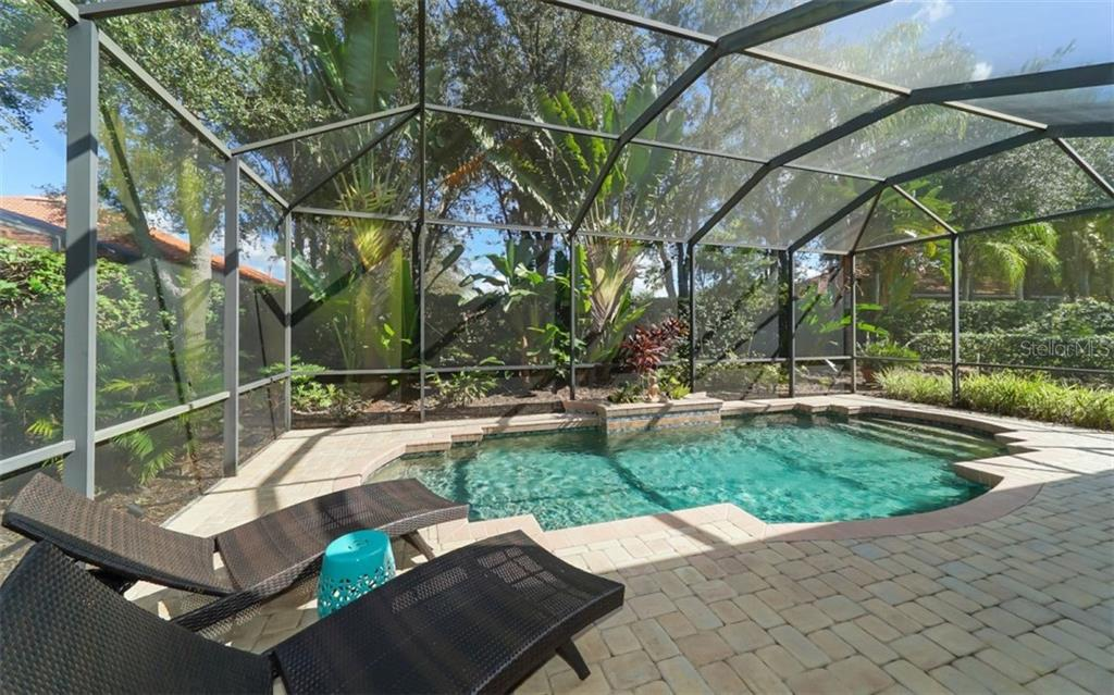 Single Family Home for sale at 7715 Latrobe Ct, Lakewood Ranch, FL 34202 - MLS Number is A4418993