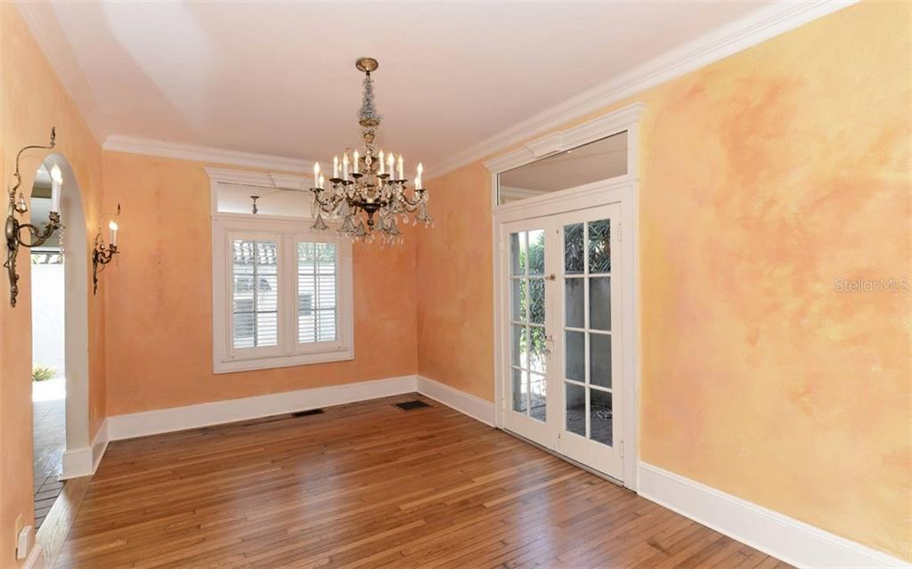 Formal dining room. - Single Family Home for sale at 2262 Okobee Dr, Sarasota, FL 34239 - MLS Number is A4421275
