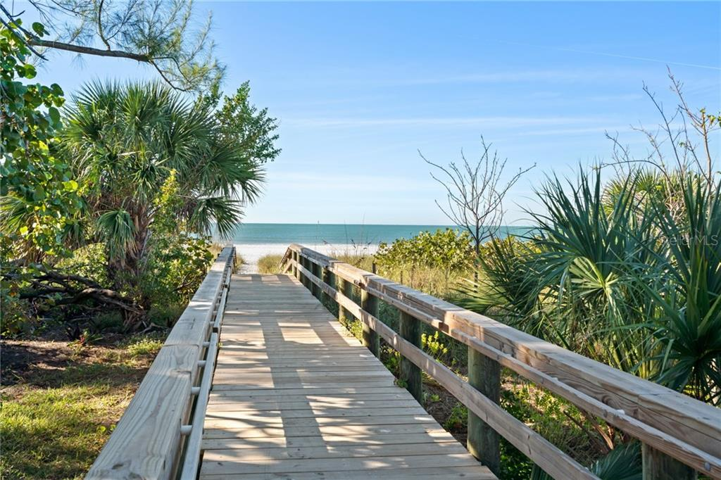 Willow Ave Beach Access - Single Family Home for sale at 107 Willow Ave, Anna Maria, FL 34216 - MLS Number is A4421946