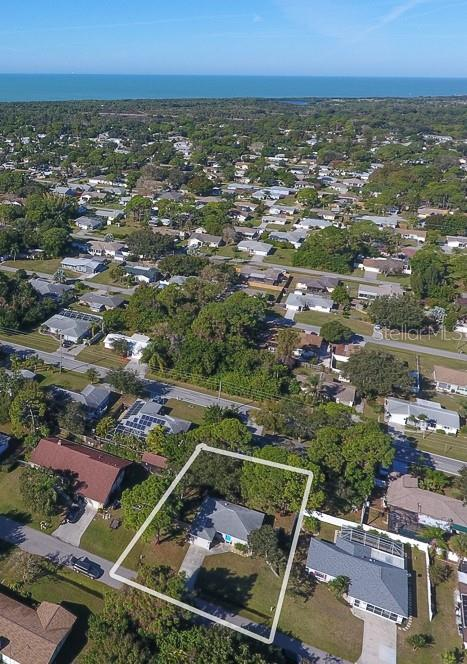 Less than 3 miles to the Beach - Single Family Home for sale at 824 Indus Rd, Venice, FL 34293 - MLS Number is A4422072