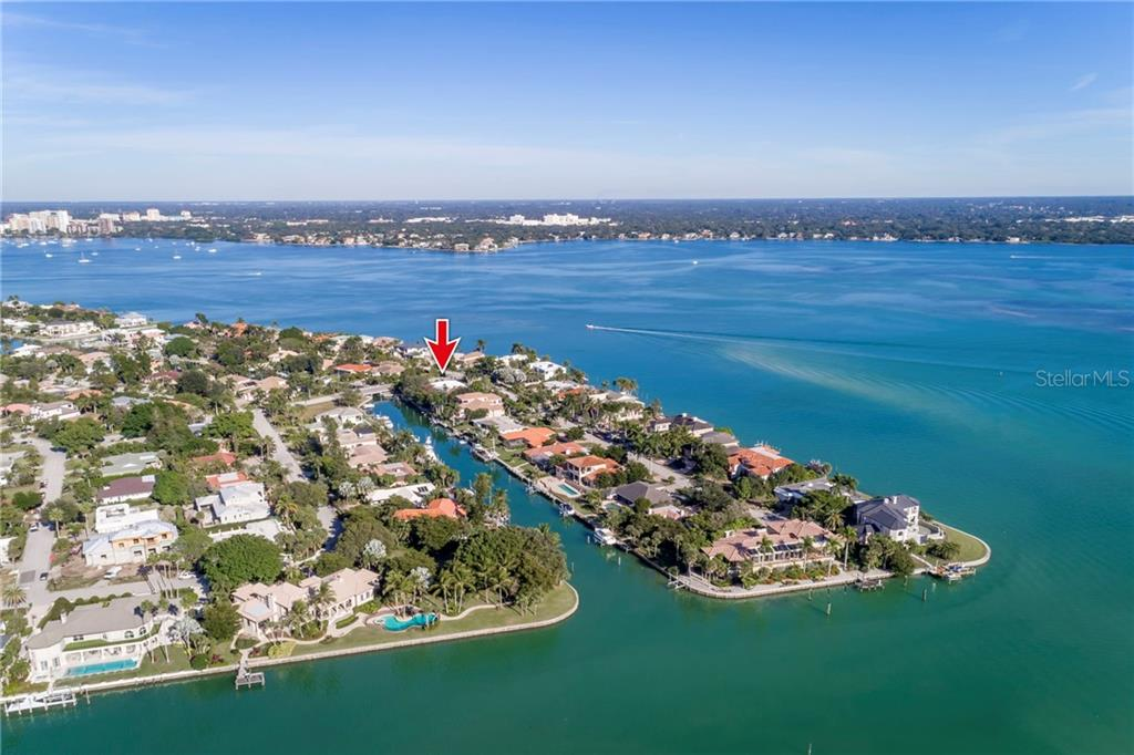 Single Family Home for sale at 646 Mourning Dove Dr, Sarasota, FL 34236 - MLS Number is A4422133