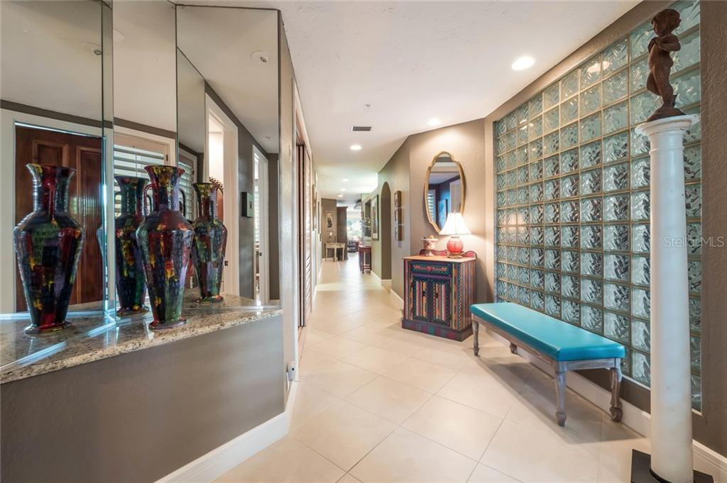 Inviting Entryway to #217 - Condo for sale at 350 Gulf Of Mexico Dr #217, Longboat Key, FL 34228 - MLS Number is A4422560