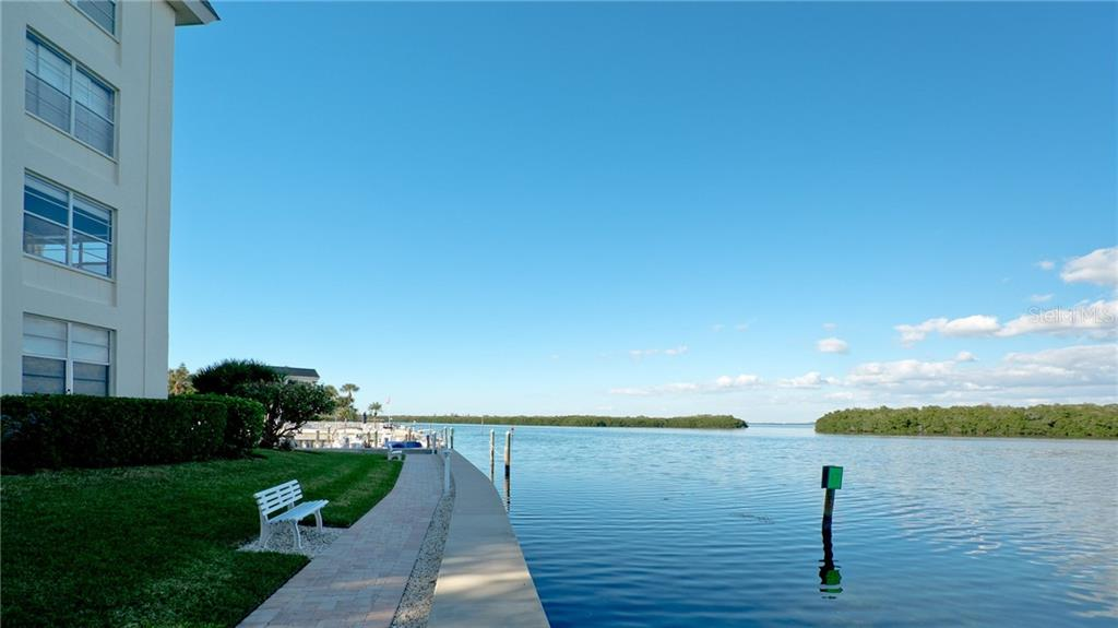 Condo for sale at 600 Sutton Pl #101, Longboat Key, FL 34228 - MLS Number is A4423973
